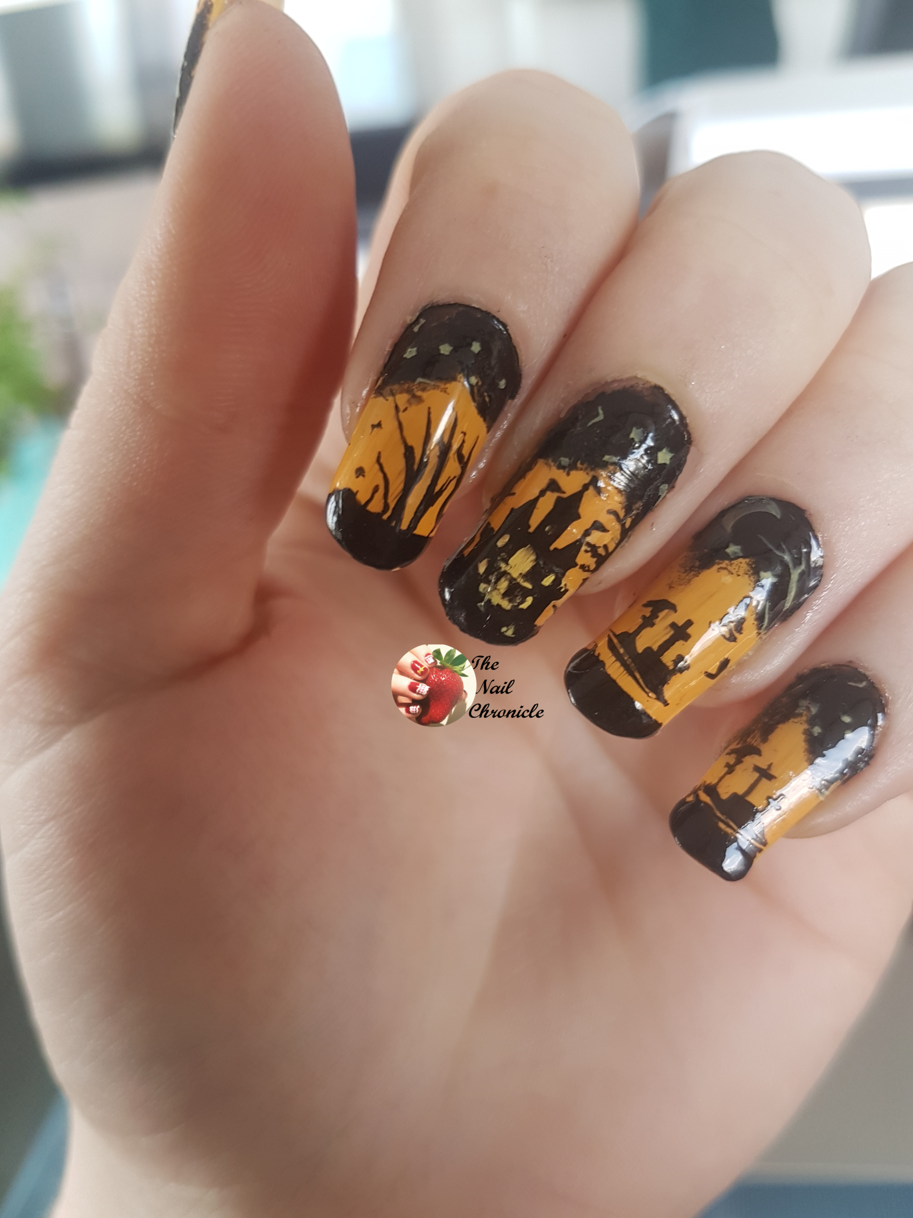 Halloween Nail Art 2018 , Design 1 , Haunted House , The